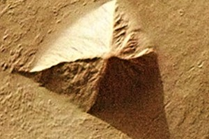 Mars – BEST pyramid, undeniable!