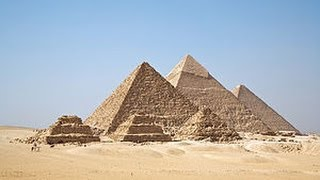 Visit The Pyramids of Giza in Egypt (HD) - travel guide